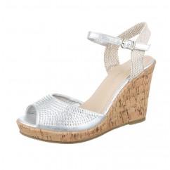 Srebrni sandali s polno peto 96